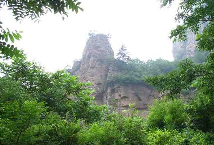 青龍潭旅游風景區