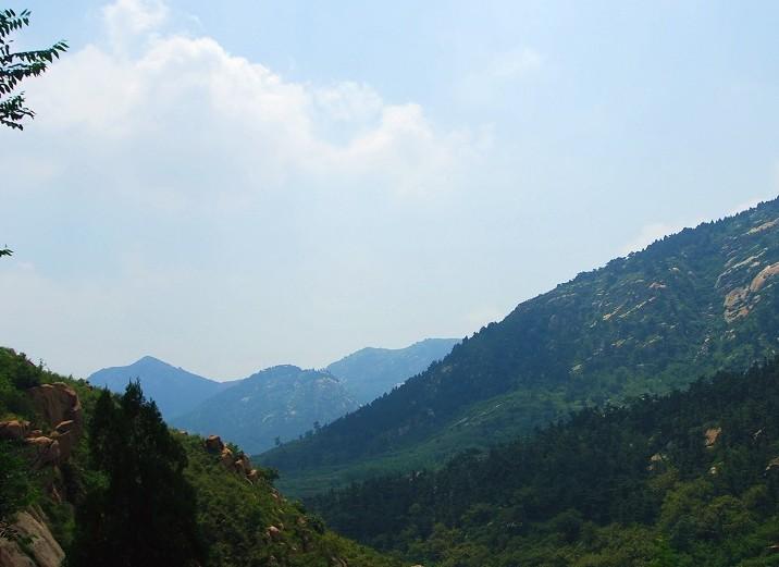 自然保护区    简单介绍   莱芜岛风景区位于广东省汕头市澄海区南