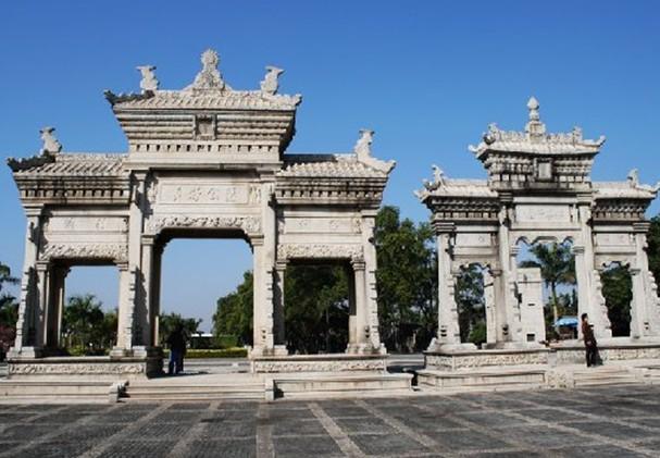 广东省 珠海市   梅溪牌坊在珠海市前