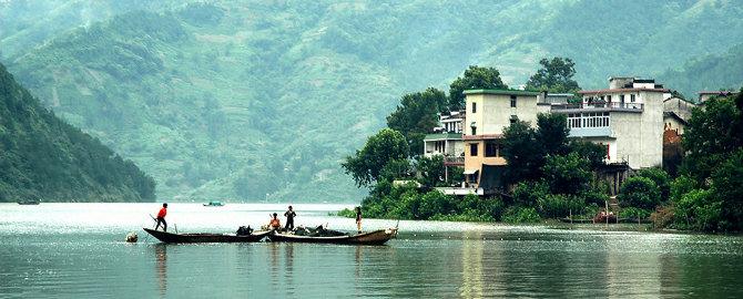 山水画廊位于中国历史文化名城歙县境内
