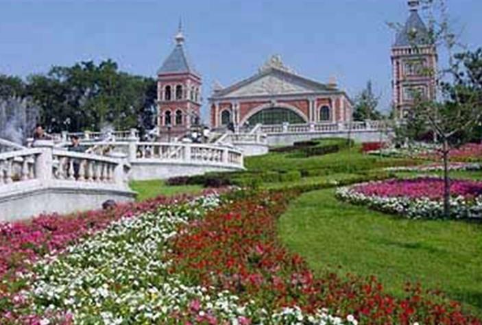 景点大全 植物园  沈阳植物园,位于沈阳市东陵区高坎镇中马村,被命名
