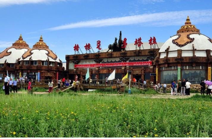 独贵塔拉镇农村风景照