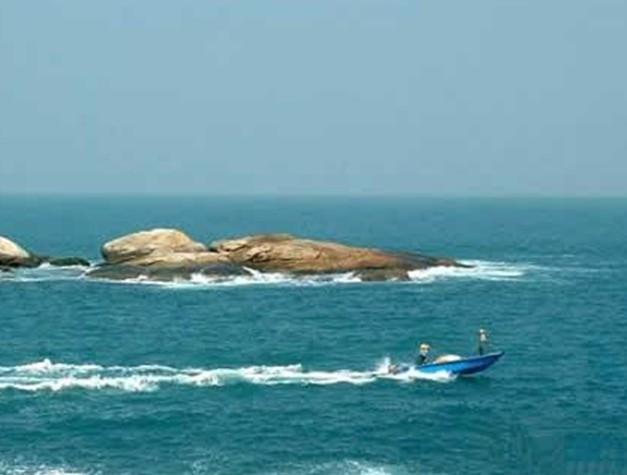 景点大全 海岛海岸  湾岛在珠海东南,万山群岛佳蓬列岛中部,外伶仃岛