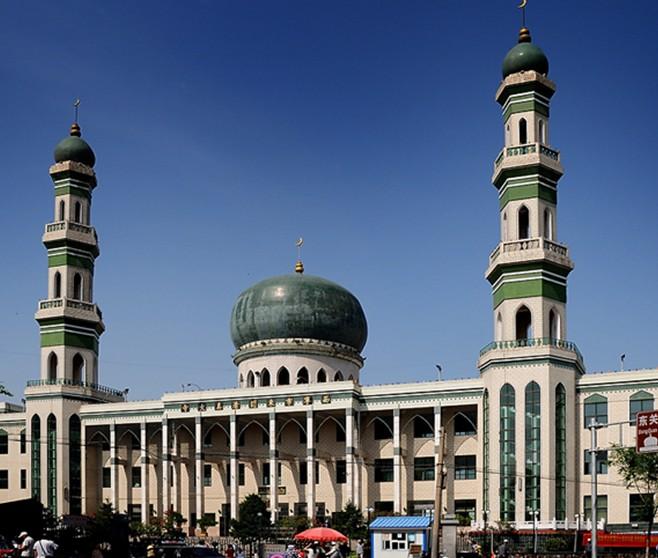 """景点大全 宗教旅游  库尔勒清真大寺位于库尔勒市中心""""老城""""地方,1987"""
