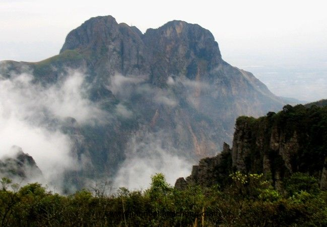 景点大全 森林公园  平天山国家森林公园,国家级森林公园,位于广西